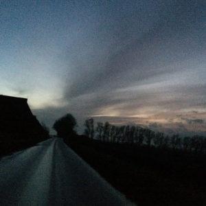 Landweg Bij Vallende Avond